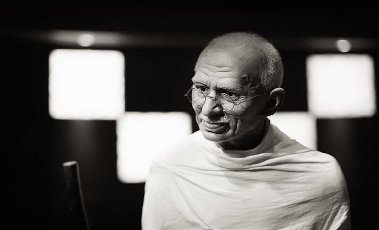 Mahatma Gandhi, the power of of non-violence